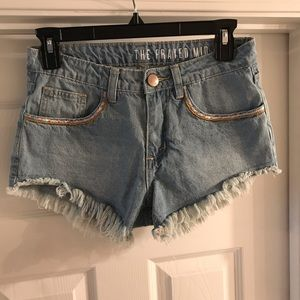 Cotton On mid rise frayed shorts